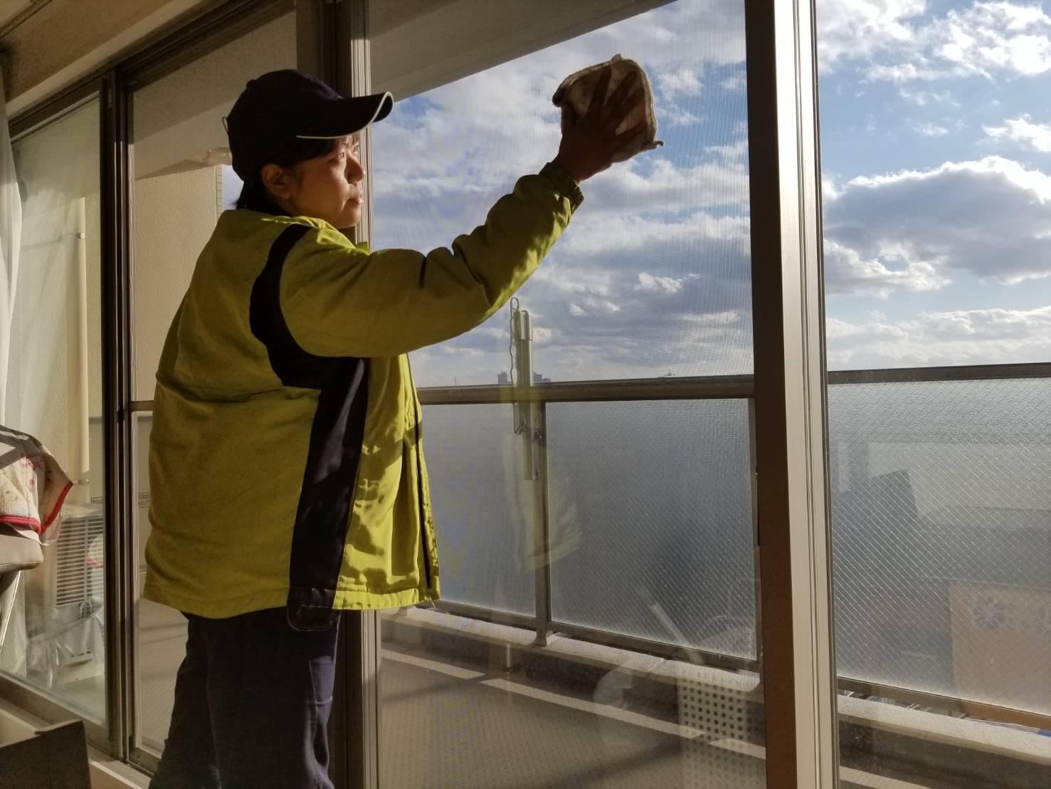 西区 窓拭き