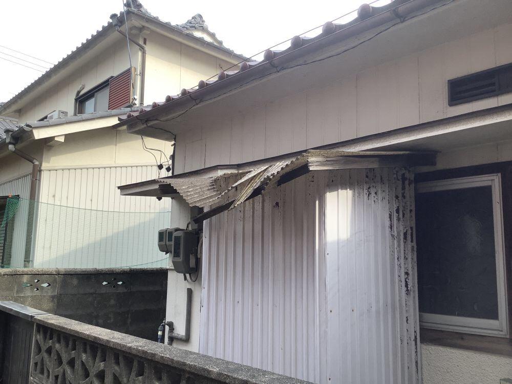 トタン屋根の修理 (2)