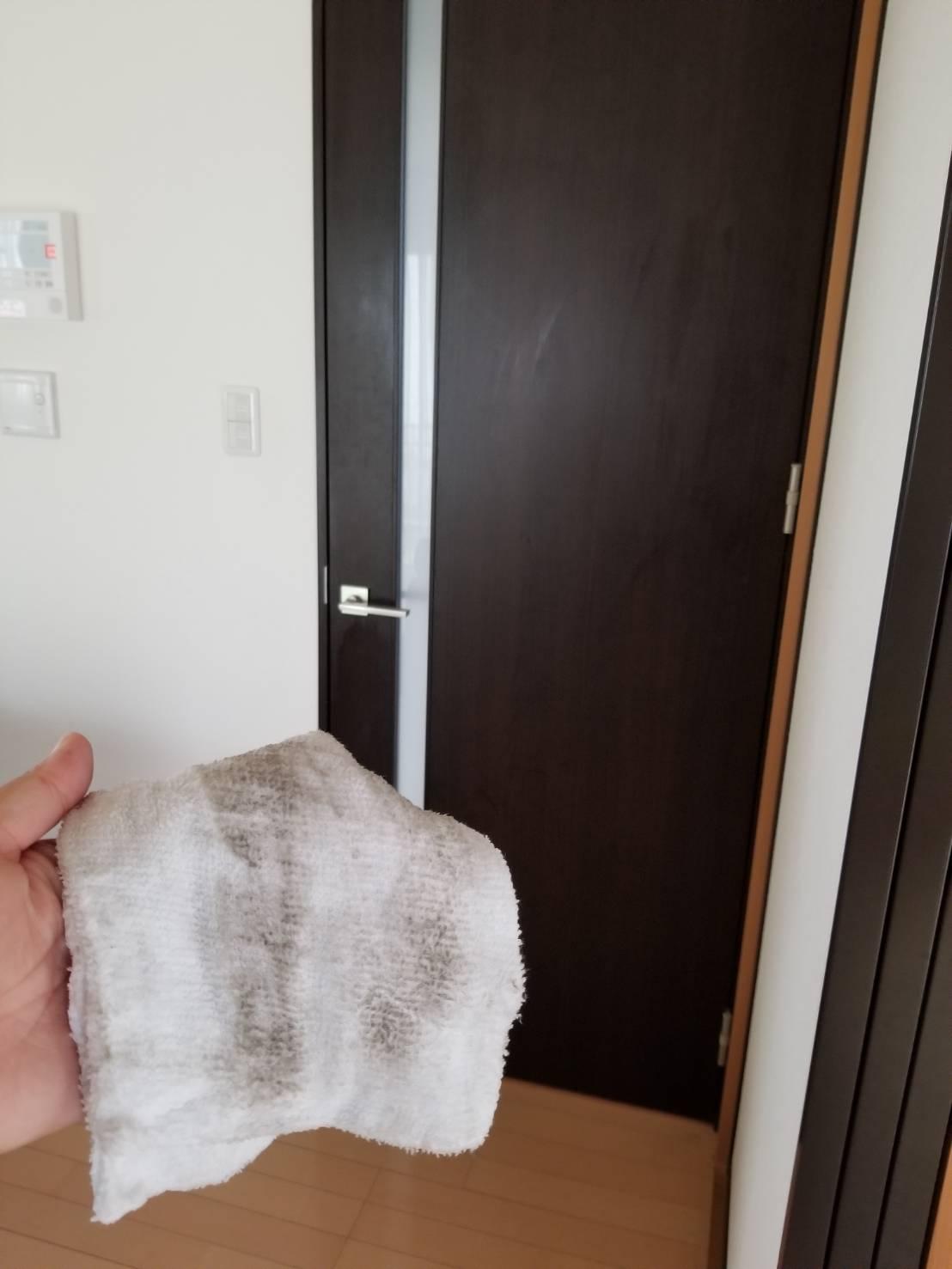 20190425知多市室内の扉拭き 田中さん (2)
