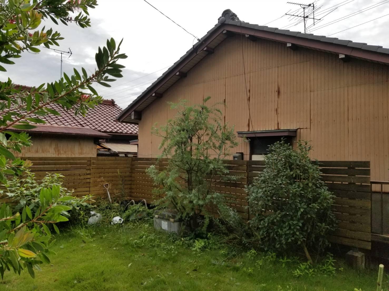 空き家管理 庭木の枝切 (3)