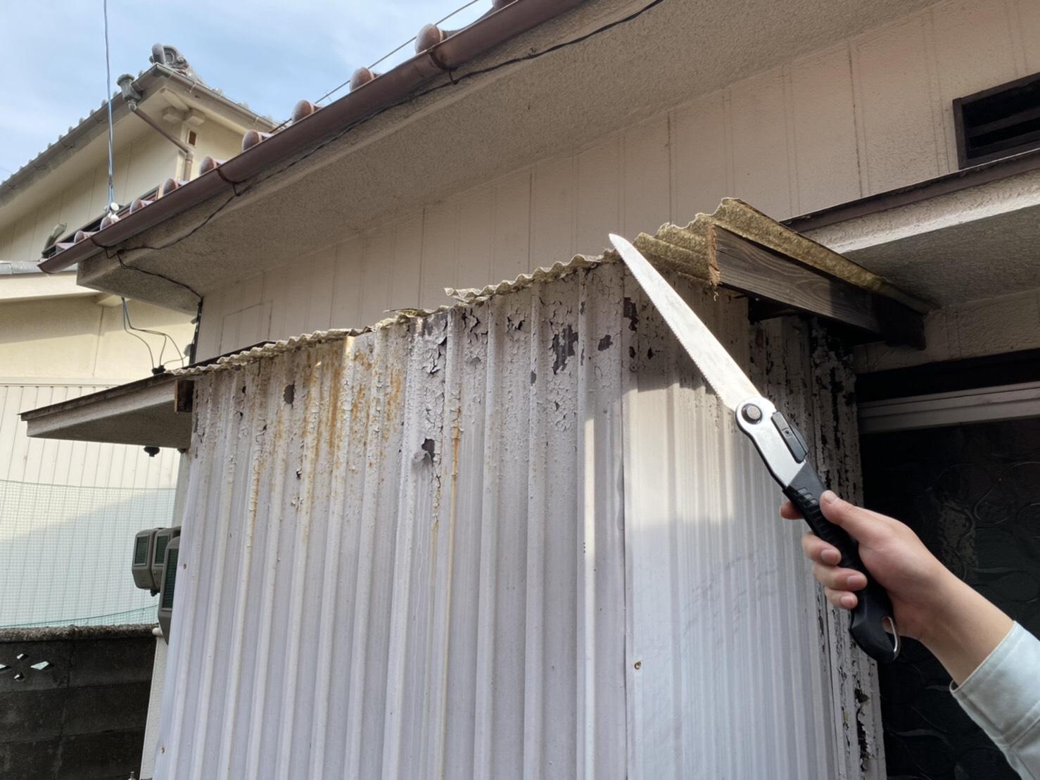 トタン屋根の修理 (1)