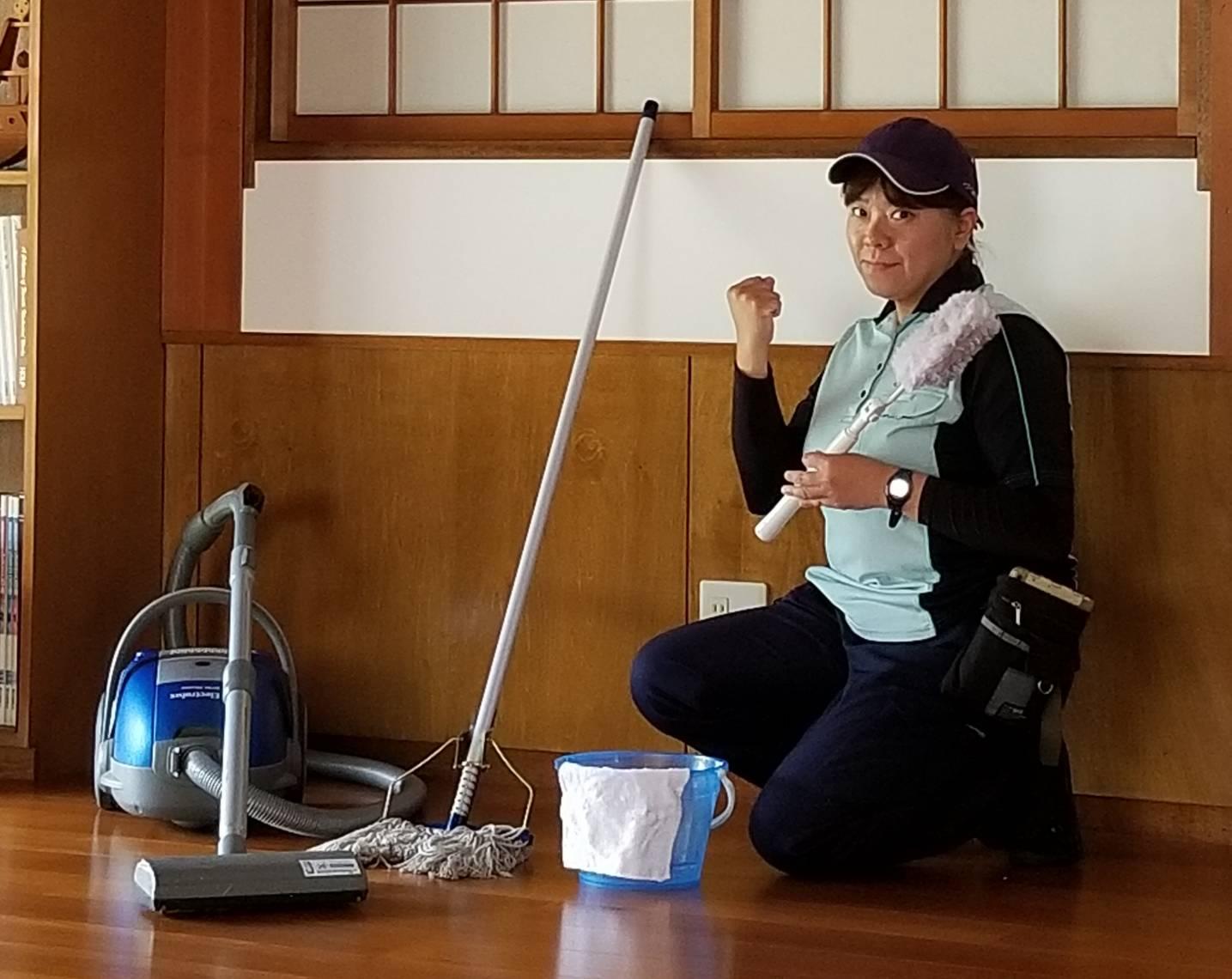 20190419岐阜県多治見市 掃除機がけの後に水拭き 田中さん (2)