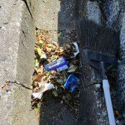9建物周辺清掃ゴミ